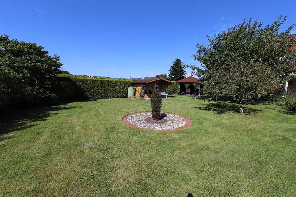 Gartenansicht (1-2 Familienhaus, Berumbur)
