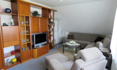 Wohnzimmer Dachgeschoss (1-2 Familienhaus, Berumbur)