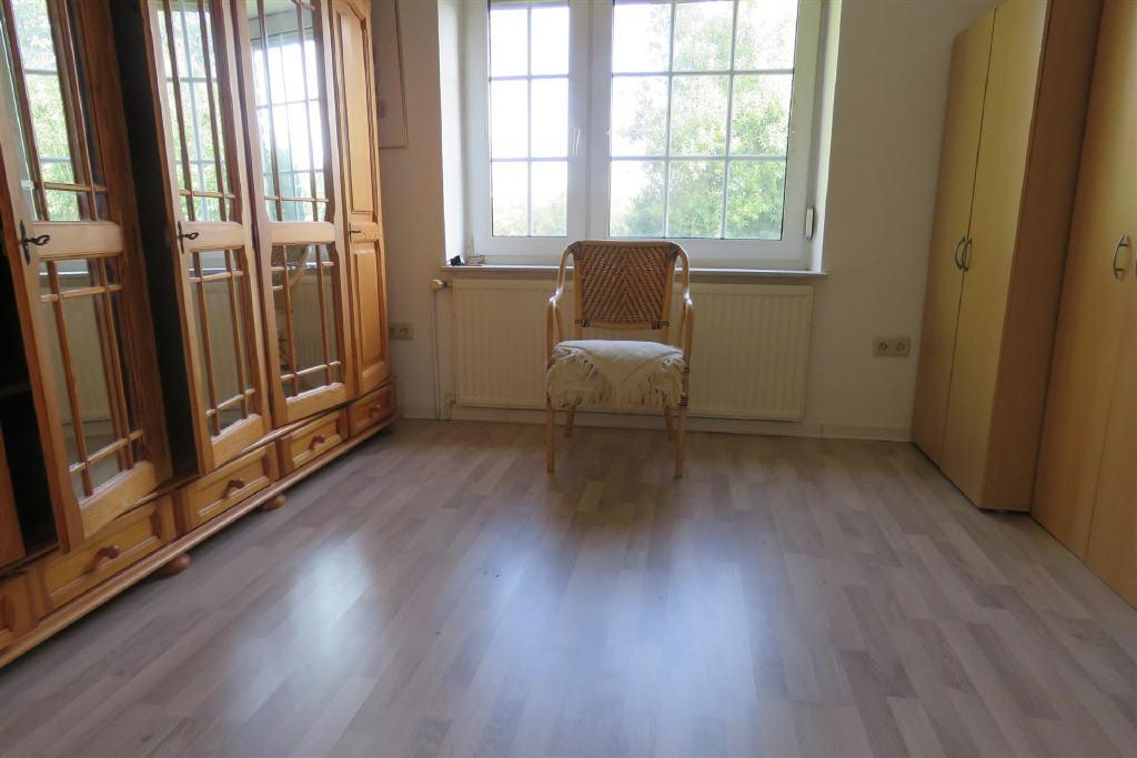 Schlafzimmer I im EG (1-2 Familienhaus, Norden-Norddeich)