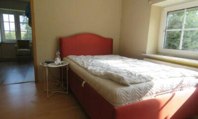 Schlafzimmer II im EG (1-2 Familienhaus, Norden-Norddeich)