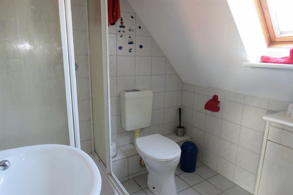 Duschbad im OG (1-2 Familienhaus, Norden-Norddeich)